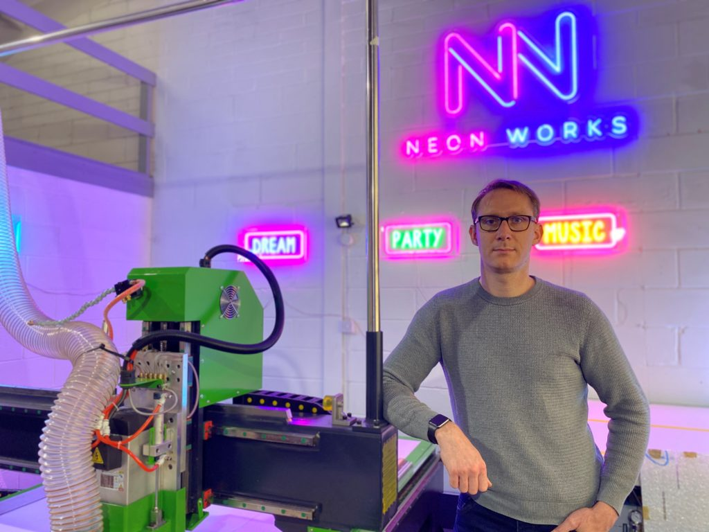 Huddersfield signwriter launches new neon sign business